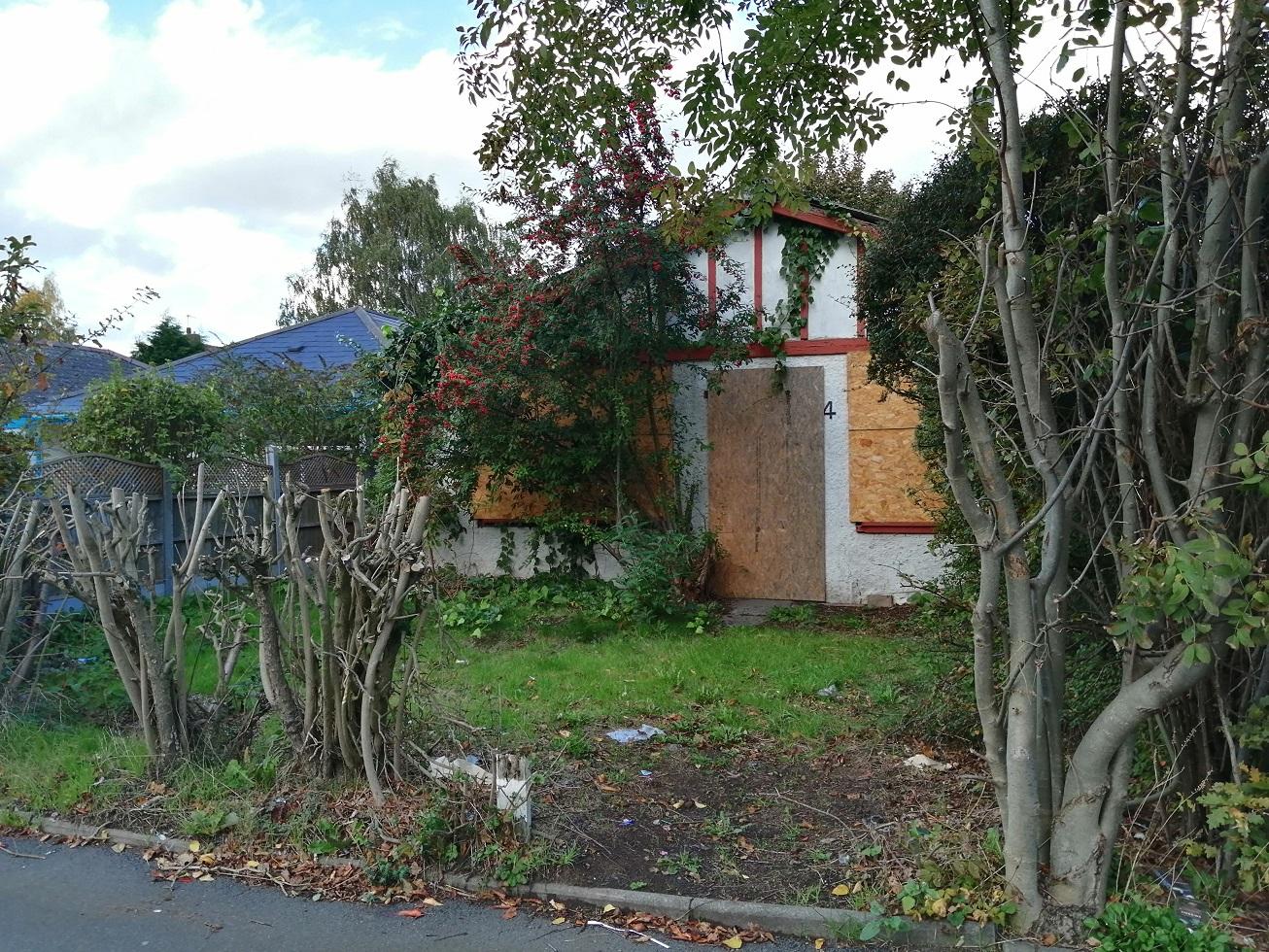 SDL auctions chalet bungalow